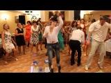 Наш свадебный рок-н-ролл...мега флэшмоб! Гости зажигают