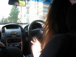 Как бывает,когда в машине одни девчонки):D