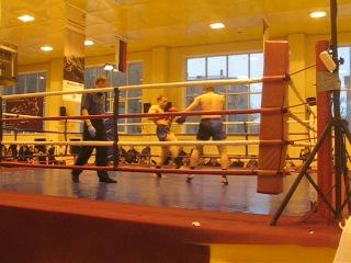 Профессиональный титульный бой по Тайскому боксу Ханжина Дениса на звание чемпиона Красноярского края 81 кг 1 раунд.