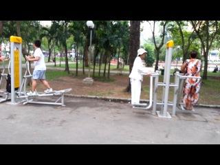 Спорт на улицах Сайгона