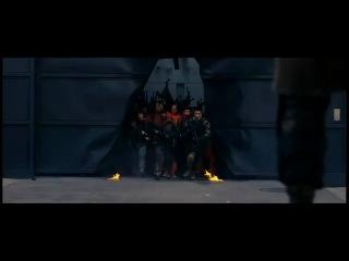 темный  рыцарь  :  воскрешение других мстителей