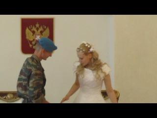 Смешная ситуация на свадьбе моей сестры))) Мама,у меня свадьба!!!))))))) Смотреть со второй минуты)))))
