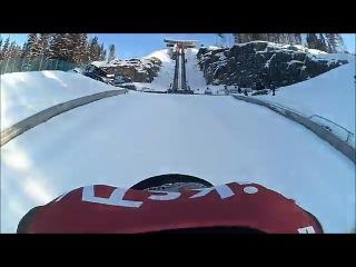 Нереально страшный прыжок с самого высокого лыжного трамплина в мире - огромная скорость