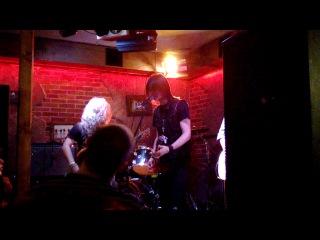 Metallica - No remorse cower Scream ArtPab 20.09.2013