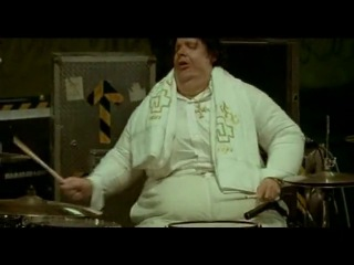 Rammstein VS Ума Турман - Эй, толстый! (Keine Lust cover прикол).