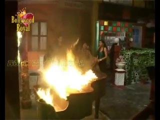 On location of TV Serial 'Madhubala' R K Production Damage by Fire 1.