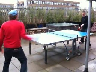 Damon albarn and rob stone play ping pong