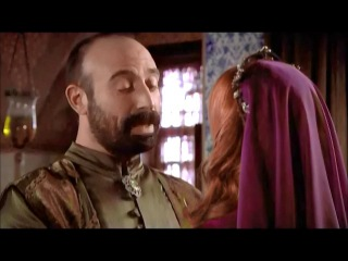 Величне століття. Роксолана - Гюрем повідомляє Сулейману про свою вагітність в присутності Ібрагіма, а потім знущається з приводу заручин Хатідже (уривок з 9 серії)
