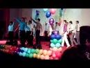 Танец мальчишек на выпускном Артема (21.06.2013)