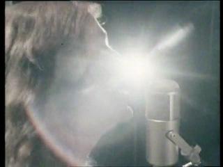 John Paul Young - Love You So Bad It Hurts / Don't You Walk That Way