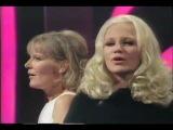 Peggy Lee & Petula Clark -  I'm a woman