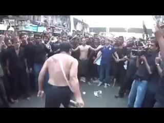 арабы режут себя в честь какогото праздника