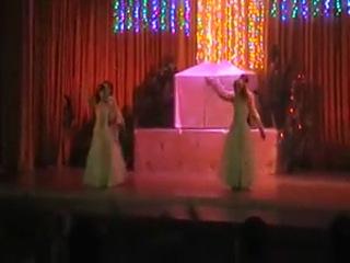 Наши дети с танцев выступают на Новый год! Вальс))