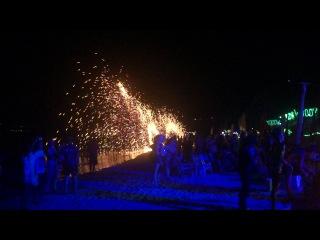 10 Декабря 2013 остров ПиПи Фаер Шоу 01