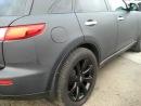 Infiniti FX 35 3D карбон - BMW X5 черный мат.