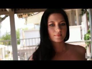 Play Plus - Elena Romanova Русская красотка с крупным и очень красивым бюстом Порно звезды остаться в живых