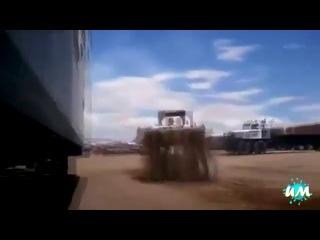 Подборка приколов и неудач, связанных с тракторами.