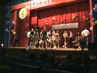 Стоят девченки, стоят в сторонке Е31Наш останній огляд аматорського мистецтва в ХАПК ПДАА!((