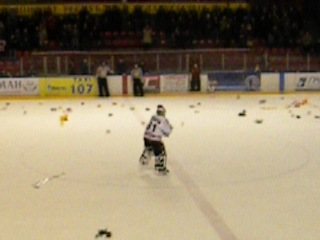 Хоккей. Танцы Немана)))