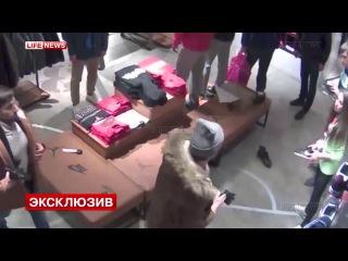 23-летний Рамазан Исаев напал на сотрудницу магазина Nike в ТЦ