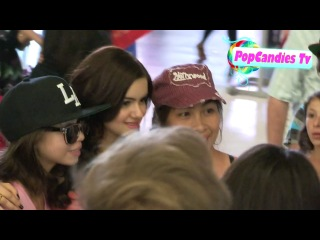 Ariel Winter Greets fans at The Odd Life Of Timothy Green After