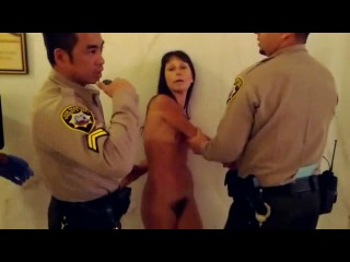 CMNF - Naked Protest