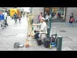 Необычный музыкант из Хельсинки.