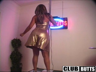 Alexis in gold (1)