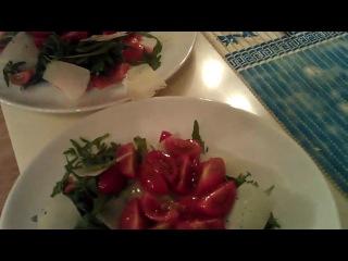 Рецепт №3 Салат из рукколы и форели от мастера массажа Габриеля Аскуля