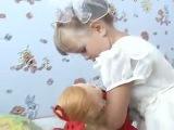 Алиса читает стихи к промо для детской программы на ОРен ТВ