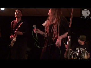 Layla Zoe Band - I'd Rather Go Blind(Etta James)- Osnabrück Blue Note 2011 Germany