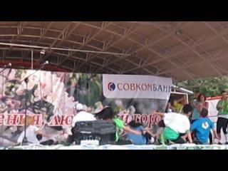 Выступление лучшей танцевальной группы Комсомольска-на-Амуре