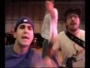 Пародия Джастина Бибера, Селены Гомес и Эшли Тисдейл на песню Карли Рей Джепсен «Позвони мне» ( Call Me Maybe).