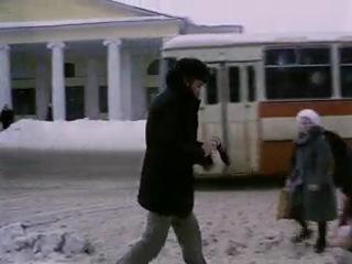 Фильм Экипаж кадр с ЛиАЗом
