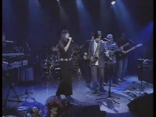 Мюзикола и Батыр - Певица и саксофон