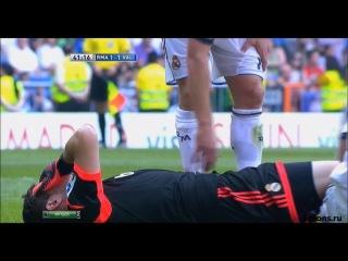 Реал Мадрид - Валенсия 1:1 (Красивые голы и травма Касильяса и Пепе)