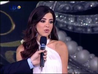 Haifa Wehbe на Мисс Ливан 2010 с песней Sanara