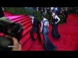 Джессика Альба, Тори Берч и Джин Гудвин на Met Ball, Нью-Йорк (6 мая 2013)
