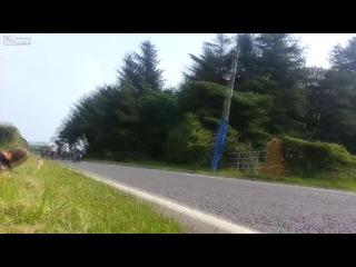 Остров Мен - самые опасные мото-гонки ТТ.. в милиметре от жизни!