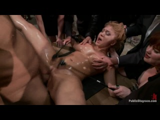 Flexible Blonde gets Bound and Fucked for the Crowd [PublicDisgrace.com / KINK.com] (16 03 2012)