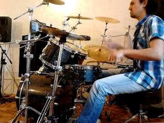 Разминка в ожидании ученика)) Toto - Rosanna (drum cover)