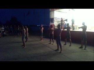 Взлет 2012. Гала-концерт. Танец мальчиков из орг.состава <3
