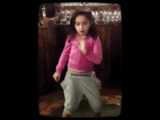 Oopa gangnam style Arianna)