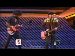 Fall Out Boy Beat It Michael Jackson cover live