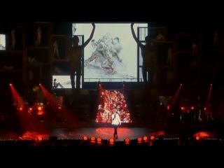 Mylène Farmer - 'Je te rends ton amour' Live (indoor)