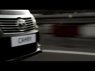 Автомобиль Тойота Камри 2013 года