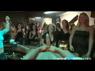 Секс в клубе в русское, как мне сделать своими руками пизду что не дрочить
