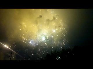 9 Мая 2012 года на Воробьях День победы Салют!!!