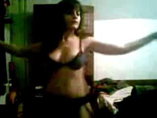 Соблазнительная девочка нежится в постели Jessica Davies ...: https://biqle.ru/watch/-86743996_456239160