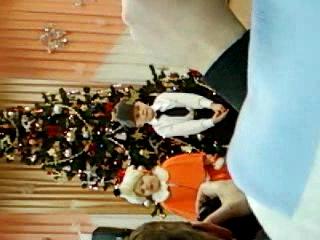 Моя дочка Настюша на утреннике в детском саду)Она лисичка!)